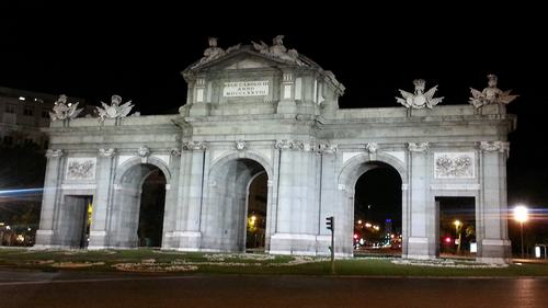 Alcala gate -Parque del retiro- Three days madrid