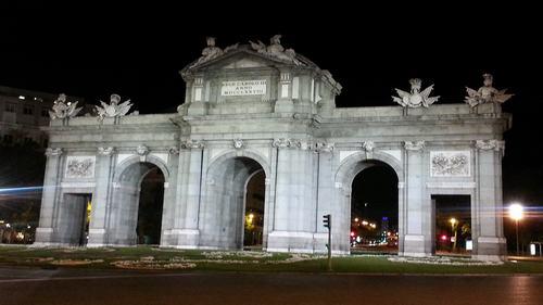 Alcala gate -Parque del retiro- Discovering Madrid in Three Days