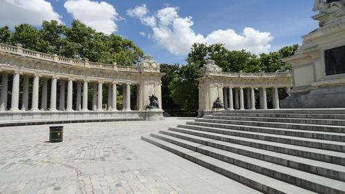 Felipe IV gate -Parque del retiro- Discovering Madrid in Three Days