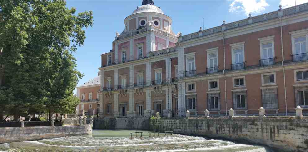 Royal Palae Of Aranjuez Rear -one day in madrid