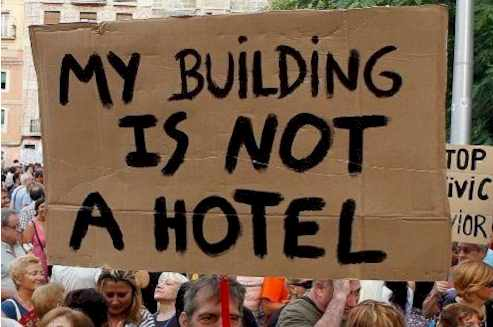 Is no a hotel activist: Barcelona Hate Tourist