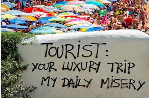 My daily misery Barcelona Hate Tourist