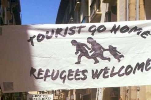 Tourist go home ads: Barcelona Hate Tourist