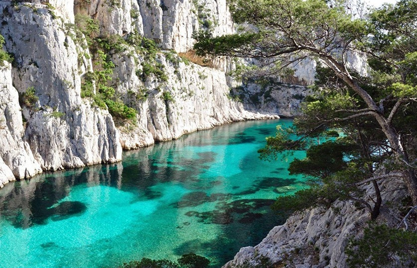 Park national of Calanques - guide to travel to France by Car