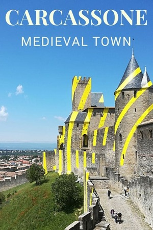 Traveling & Cook - Carcassonne Medieval Town - France