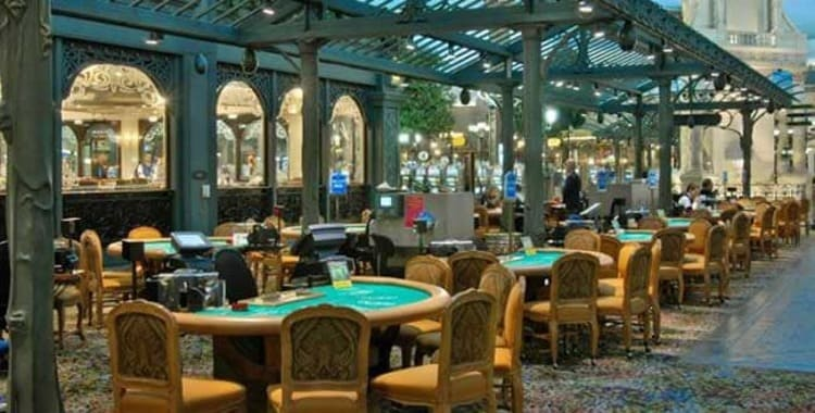 Hotel paris -Paris Streets Las Vegas: Traveling Europe Without Leaving the United States