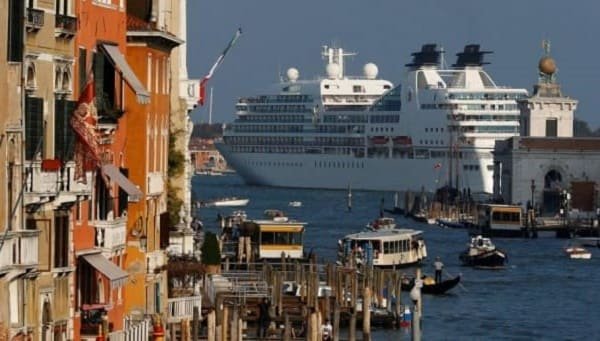 Tips to Travel Veniceand be a Respectful Tourist