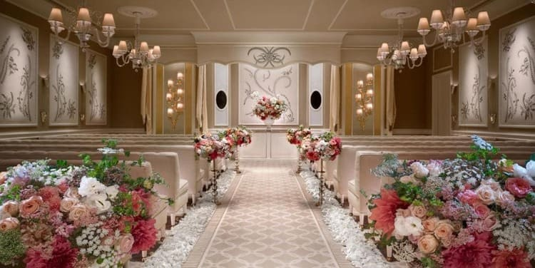 Chapel for Weddings in Wynn Hotel -Las Vegas: Traveling Europe Without Leaving the United States