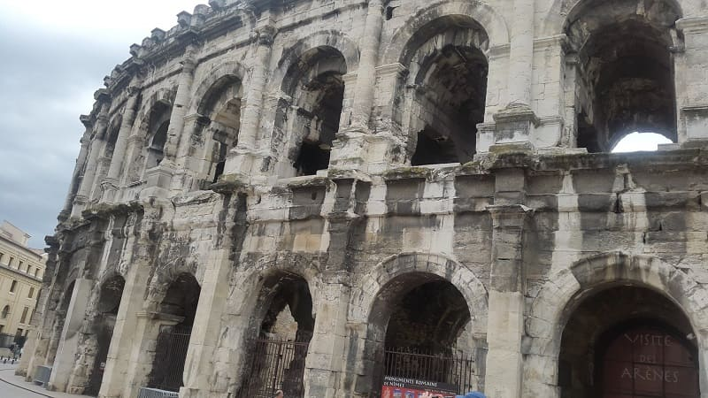 Amphitheaters of Nimes (France) - Ancient Tourism
