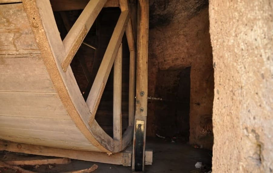 History of Medieval Treadwheel Cranes in Germany - Trier