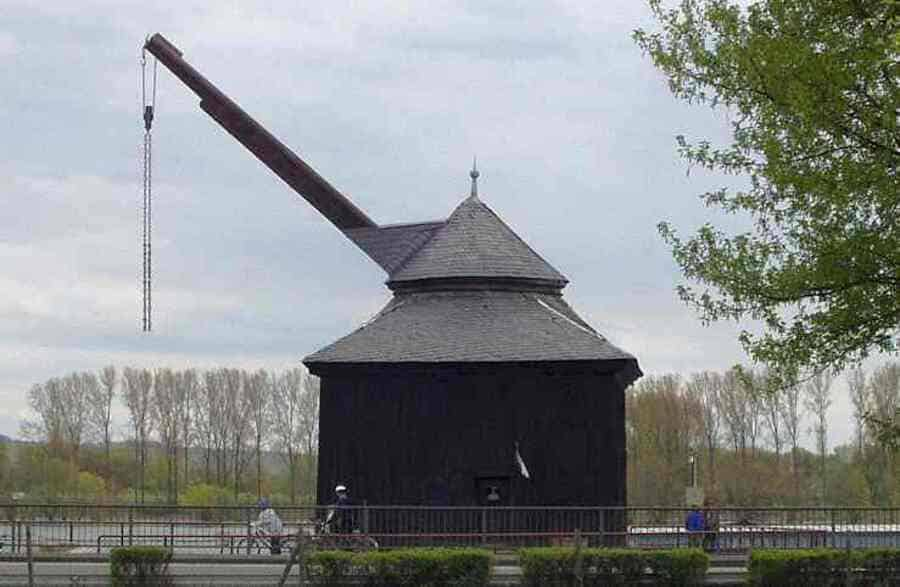 Medieval Treadwheel Cranes in Germany - port of Ostricher