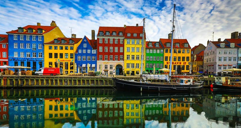 Denmark - 10 Countries with more travelers 2019