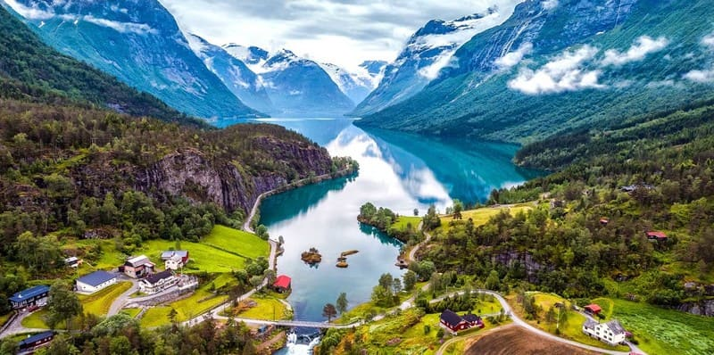 Norway - 10 Countries with more travelers