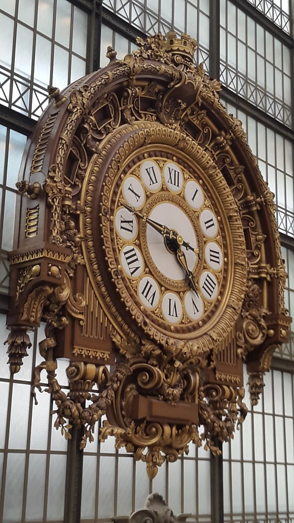 #Orsay Museum -#Eiffel Tower - Paris France -Travel Guide 2020 - Travel Guide 2020.  -#Paris Travel Guide 2020 : First Day Paris Travel Guide 2020: Walk in three days and get to know the main sites, included and some recommendations do not waste a minute of time #France #travel #trip