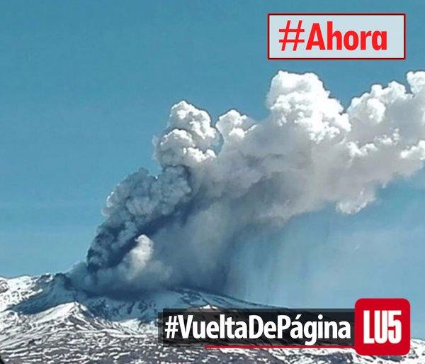 Copahue Volcano Shows Activity Today. Orange Alert