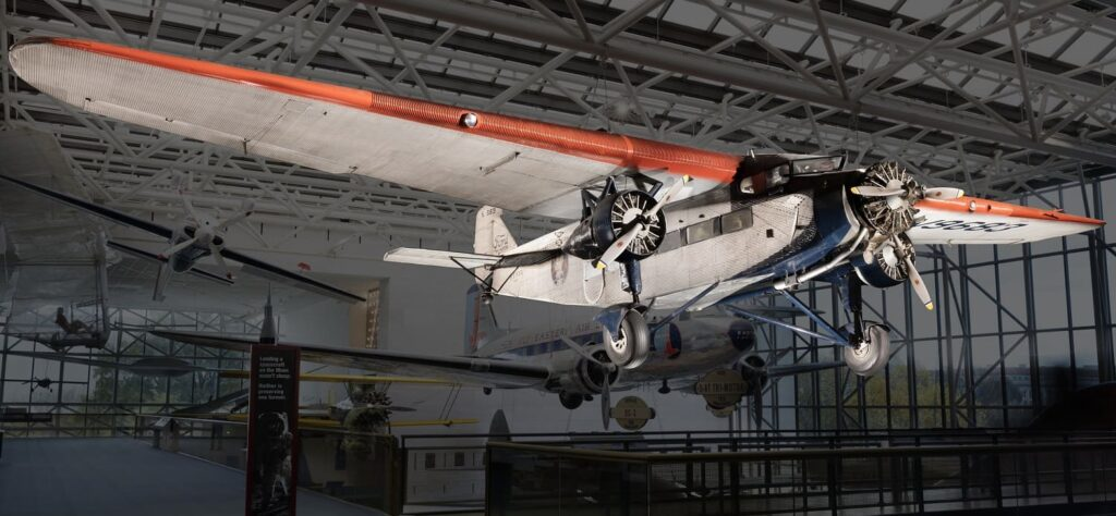 History of Tourism: Ford 5-AT Tri-Motor TAT - Smithsonian National Air and Space Museum