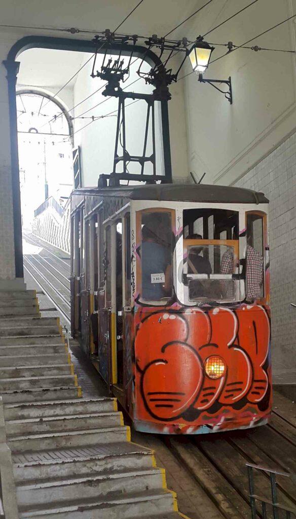 Lisbon Elevator Tram Station - Tram Pics