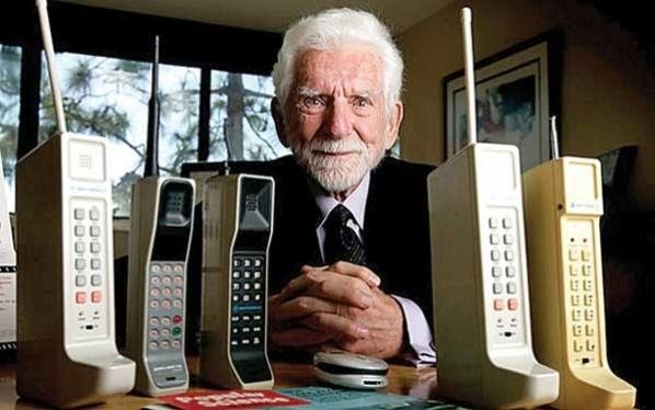 Martin Cooper and Motorola DynaTac 8000X - History of Power Banks and Lithium batteries When was the first call of a mobile phone? Martin Cooper, manager of Motorola, made a call to, Joel Engel, of Bell Labs of AT&TE on April 3, 1973, from Sixth Avenue in New York, with a prototype of Motorola DynaTac 8000X. That was a mobile phone that weighed approximately one kilo and was about 13 inches (33 cm) tall taking into account the antenna. It was the first call made from a mobile phone.
