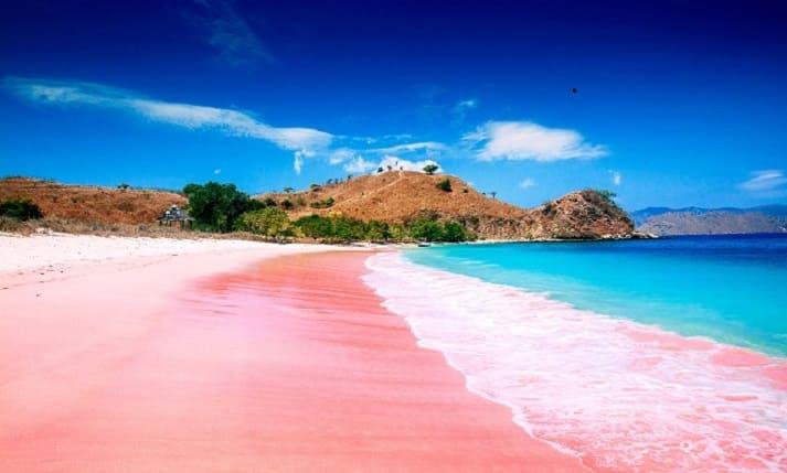 Pink Beach of Great Santa Cruz - Philippines