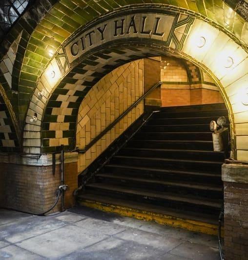 City Hall Station , New York City subway